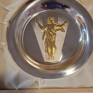 The first annual Franklin Mint Easter plate 1973